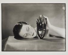 Cópia de Preta e Branca, 1926, Impressão em gelatina e prata de 1984<br />Foto divulgação