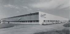 Antiga instalação da Ericsson projetado por Oscar Niemeyer, atual Shopping Center Vale