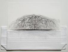 Mônica Rubinho, Sem título, 2010 (nanquim sobre papel, lenço de algodão dobrado, 32,5 x 25,5 cm)