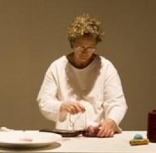 Cecilia Stelini, performance bordados, atos, situações