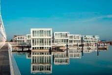 Floating houses - Bureau d'architectes Marlies Rohmer - Photo: Marcel van der Burg, primabeeld