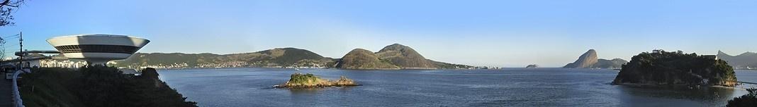 Museu de Niterói e paisagem do Rio de Janeiro. Foto Victor Hugo Mori