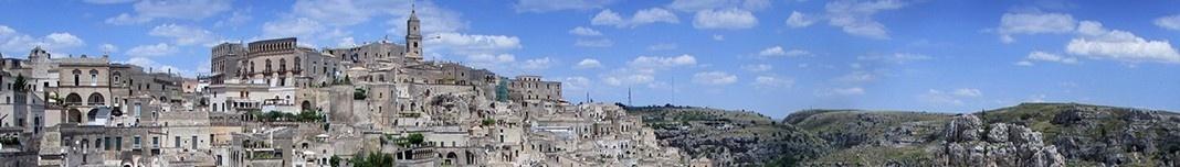 Cidade de Matera, Basilicata, Itália. Fotomontagem Victor Hugo Mori, 2016