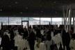 Lobby do Kursaal, local de realização da conferência, com vista para a cidade de Berna ao fundo<br />Foto Gabriela Celani