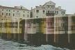 """Montgjme artística nol """"vaporetto"""" da exposição francesa na Bienal de Veneza [Pavilhão Francês]"""