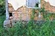 Parede externa de pau a pique sobre fundação de pedra, Distrito de Cachoeira do Brumado, Mariana MG, 2014<br />Foto Elio Moroni Filho