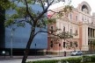 Espaço TIM UFMG do Conhecimento, arquiteta Jô Vasconcellos, e Museu das Minas e Metais (antiga Secretaria da Educação), Praça da Liberdade, Belo Horizonte<br />Foto Abilio Guerra