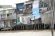 Casas em palafitas no Delta do Mekong<br />Foto Lucia Maria Borges de Oliveira
