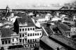 Panorama com sobrados da rua Nova (em primeiro plano) e torre da Igreja de Nossa Senhora do Carmo, Recife PE, 1940<br />Foto Benicio Whatley Dias  [Fundaj, ME]