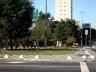 Praça John Graz - cruzamento da avenida Henrique Schauman com rua Cardeal Arcoverde, em São Paulo. É apenas uma ilha de separação de tráfego de veículos