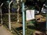 """Cruzamento da rua Cunha Gago com avenida Brigadeiro Faria Lima, bairro de Pinheiros, São Paulo - A forma da """"praça"""" é resultante de remanescente de desapropriação para a ampliação da avenida Faria Lima"""