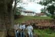 Luiz Amorim, Geraldo Gomes da Silva e Nehilde Trajano, Engenho Poço Comprido, Vicência PE<br />Foto Frederico Holanda, 10 jul. 2002