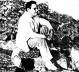 """Página da Revista """"O Cruzeiro"""", edição de 04/04/1956, mostrando o famoso compositor de """"Asa Branca"""", Humberto Teixeira, em visita ao Ceará, divulgando o seu """"Baião de Iracema"""". Diz a matéria: """"Humberto Teixeira, de volta ao Ceará, chora a perda da Praia d"""