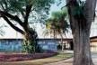 Casa Olivo Gomes, São José dos Campos, SP, 1949. Arquitetos Rino Levi e Roberto de Cerqueira César<br />Foto Nelson Kon