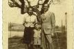 Domingo Escorsa y familia. Béziers (c. 1955) [Archivo de Dolores Escamilla Escorsa]