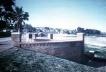 Rambla Suíça nos arredores do Cerro, Montevidéu. Intendência da Cidade de Montevidéu. Projeto e direção: Arq. Carlos Pascual, 1996-1997