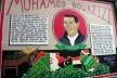 """Mural, Castro. Homenagem a Mohamed Bouazizi, cuja auto-imolação deflagrou a série de acontecimentos em 2010 e 2011conhecida como """"Primavera Árabe""""<br />Foto Maria Carolina Maziviero, 05/04/2014"""