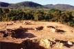 Áreas ambientalmente degradadas: ocupação de encostas e desmonte de morros agravam a problemática ambiental. <br />Foto Lucas Cândido