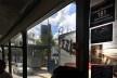 Paço municipal de São Bernardo do Campo visto do ônibus elétrico<br />Foto Abilio Guerra