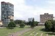Fig. 15 - Universidade Nacional Autônoma do México. Administração e Serviços: Torre Reitoiía e Biblioteca Central. Plataformas [www.unam.mx/patrimonio/]