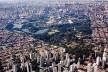 Parque Ibirapuera, São Paulo SP Brasil, 1954. Paisagismo Otávio Augusto Teixeira Mendes e Roberto Burle Marx<br />Foto Fernando Stankuns  [Wikimedia Commons]