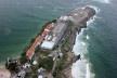 Vista aérea Pavilhão Humanidade no Forte de Copacabana, Rio de Janeiro RJ Brasil, 2012. Arquiteta Carla Juaçaba<br />P&G Cenografia  [Acervo Institucional]