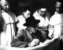Figura 1: Corbusier em companhia de monges beneditinos, na ocasião do projeto para La Tourette, na década de 50 [Covento de La Tourette]