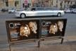 Contaminações, escultura na ponte Vittorio Emanuele II no centro urbano de Roma<br />Foto Fabio José Martins de Lima