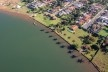 Ocupação irregular da Orla do Lago Paranoá, Brasília DF<br />Foto Joana França