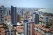 Fig. 12: O centro das camadas de alta renda, no Bairro de Manaíra. O Cenário urbano protagonizado pelo luxo, moda e consumo. Presença cada vez mais forte das edificações verticais<br />Foto Paulo Falconi, 2007