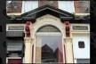 O Pub The Empress, na High Park Street ao lado da Madryn Street. Era freqüentado pela mãe e padrasto de Ringo. O local foi a capa do primeiro álbum solo de Ringo Sentimental Journey<br />Foto Victor Hugo Mori