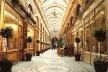 Galerie Vivienne, Paris século XIX [http://www.conexaoparis.com.br/2007/07/14/galerie-vivienne-charme-das-passagens-cobertas/]