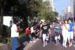 Footing no domingo, Avenida Paulista, São Paulo<br />Foto Abilio Guerra