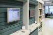 Biblioteca Municipal de Stuttgart, terminais de pesquisa. Arquiteto Young Yi<br />Foto Luiz Antonio Lopes de Souza