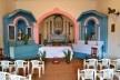 Capela de Nossa Senhora do Rosário, retábulo da capela-mor e retábulos laterais, Arraial da Barra, Goiás Velho GO, 2014<br />Foto Elio Moroni Filho