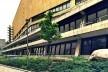 Biblioteca de Berlim, parte posterior, arquiteto Hans Scharoun, encoberta pelos edifícios da Potsdamer Platz<br />Foto Fabiano Borba Vianna, 2016
