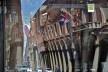 Centro Histórico de Bolonha, patrimônio refletido em parabrisa de ônibus<br />Foto Fabio Jose Martins de Lima