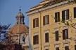 Contrastes, patrimônio edificado no centro urbano de Roma<br />Foto Fabio José Martins de Lima