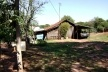 Ausência de fechamentos entre propriedades privadas vizinhas em Pitangueiras/PR [Acervo das autoras, 2009]