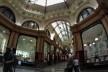 Outra galeria vitoriana, com belíssimos mosaicos no piso<br />Foto Gabriela Celani