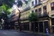 A esvaziada rua da Carioca em dia útil de julho de 2019<br />Foto Gabriel Verinaud Soares