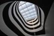 Edifício de Uso Misto, clarabóia sobre as rampas, Grenoble. Arquiteto Hugues Grudzinski / GaP Studio<br />Foto divulgação  [GaP Studio]