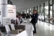 Exposição de materiais construtivos no lobby do Kursaal<br />Foto Gabriela Celani