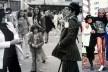 Apresentação de Lygia Pape e Ivald Granato, Mitos Vadios, 1978 / Hélio Oiticica em Mitos Vadios, evento idealizado por Ivald Granato, São Paulo, 1978<br />Foto Lóris Machado / Foto divulgação  [Arquivo pessoal Ivald Granato]