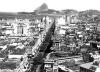 A Avenida Central nos anos 30 [cartão postal da época]