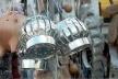 Defumador feito de lata de Nescau. Barraca de rua, Salvador, 2001<br />Foto do autor
