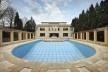 A parte traseira da casa, a piscina<br />Foto Georges de Kinder  [Ma² - Metzger and Partners Architecture]