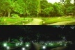 Esférica, vista geral do platô intermediário do parque, com as esféricas de dia e à noite