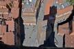 Centro Histórico de Bolonha, projeção da Torre Asinelle sobre a Torre Garisenda na Piazza Ravegnana<br />Foto Fabio Jose Martins de Lima