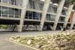 """Instalação """"À toa"""", Museu de Arte Moderna do Rio de Janeiro, artista plástica Maria Baigur e arquiteto Adriano Carneiro de Mendonça e Antonio Pedro Coutinho<br />Foto Joana Traub Cseko"""